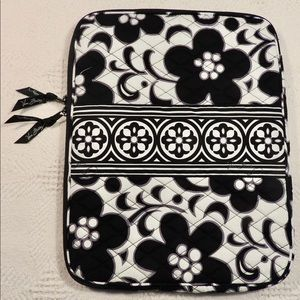 Vera Bradley night and Day pattern laptop sleeve